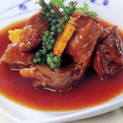 Thịt kho tiêu xanh