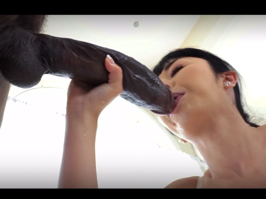 Japanese Girl Penetrated By 12 Inch Black Cock - Super hot japanese slut is getting her pussy pounded by huge black dick.