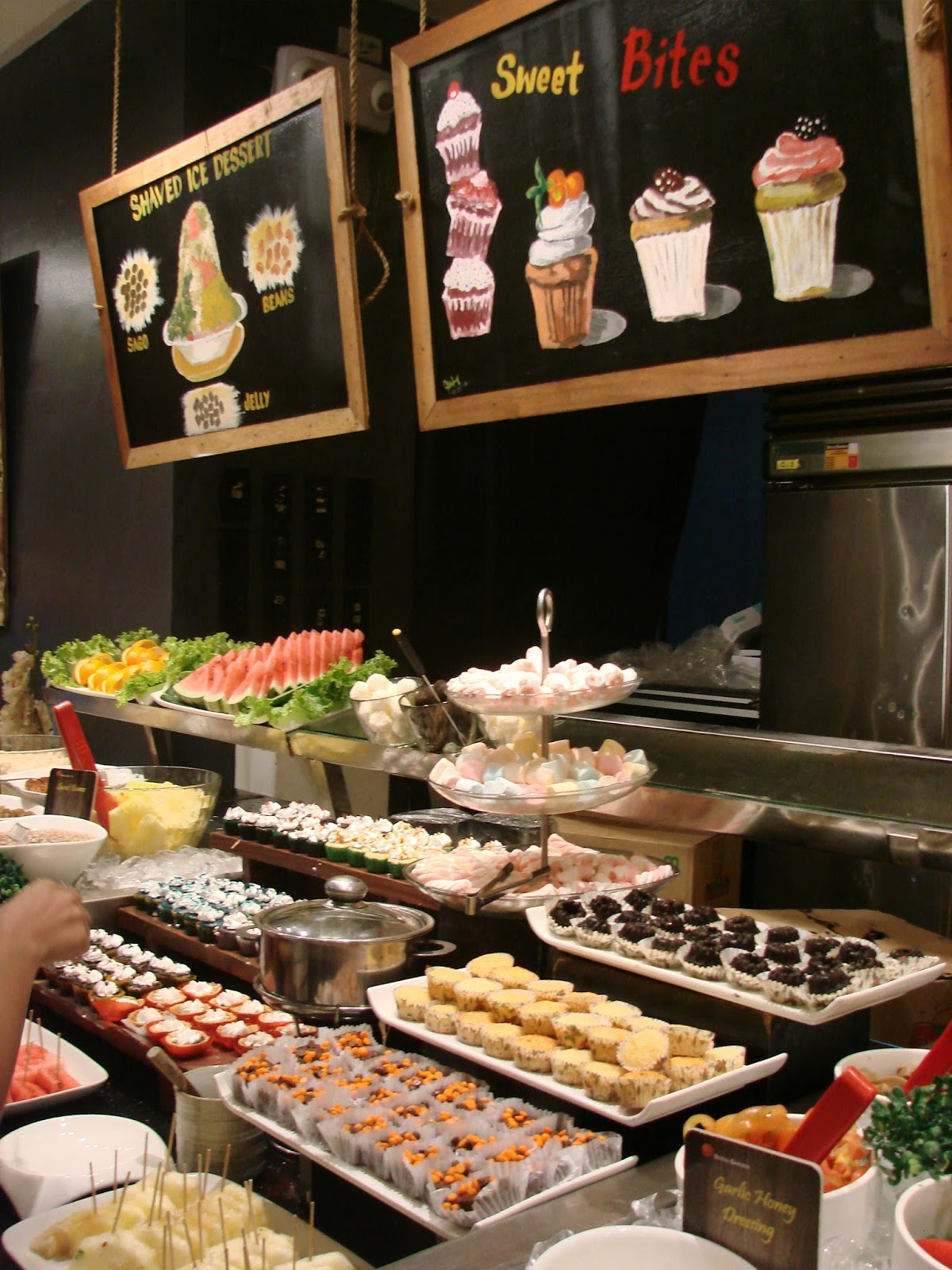 VAUGHNDAT\'S FOOD ADVENTURES :- A food blog that reviews restaurant ...