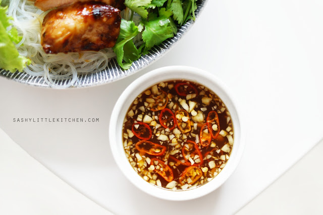 Vietnamese Lemongrass Chicken Salad by Sashy Little Kitchen