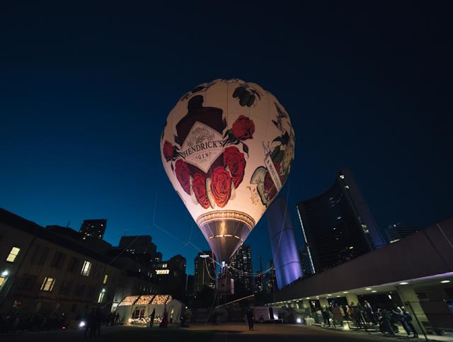 hendricks,montgolfiere,envolee,balon,festival-de-jazz,place-des-spectacles