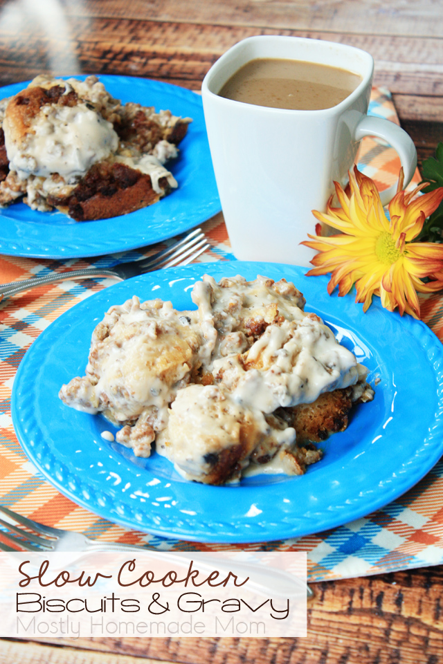 Slow Cooker Biscuits and Gravy