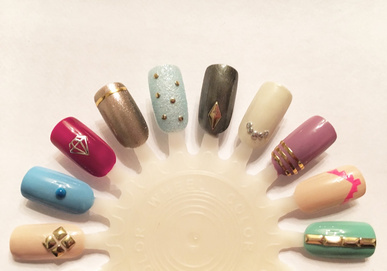 Elegant Touch Stylist Nail Art