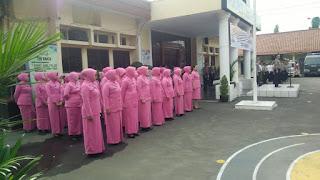 Kapolres Cirebon Kota Pimpin Upacara Korp Raport Kenaikan Pangkat