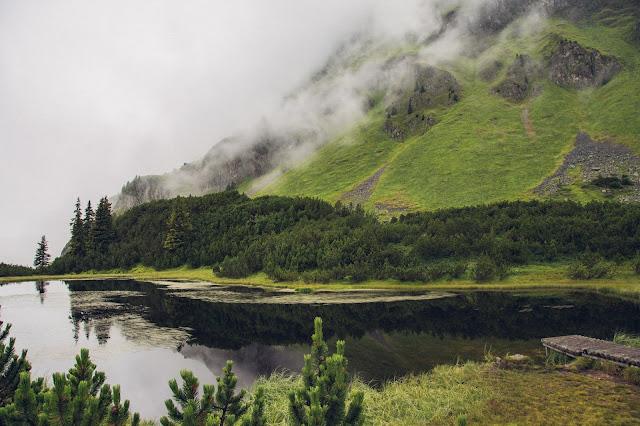 Wanderung zum Wiegensee ein echter Geheimtipp bei Regenwetter! Super Schlechtwetter Wanderung an der Grenze zwischen Vorarlberg und Tirol. Wandern Montafon Verwall 06