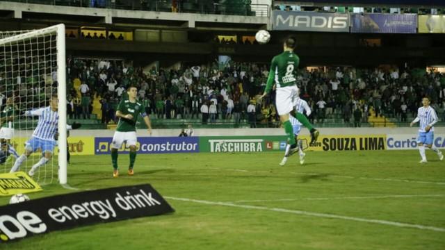 O apático Paysandu perde a terceira seguida