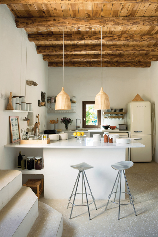 Pics of rustic kitchens.