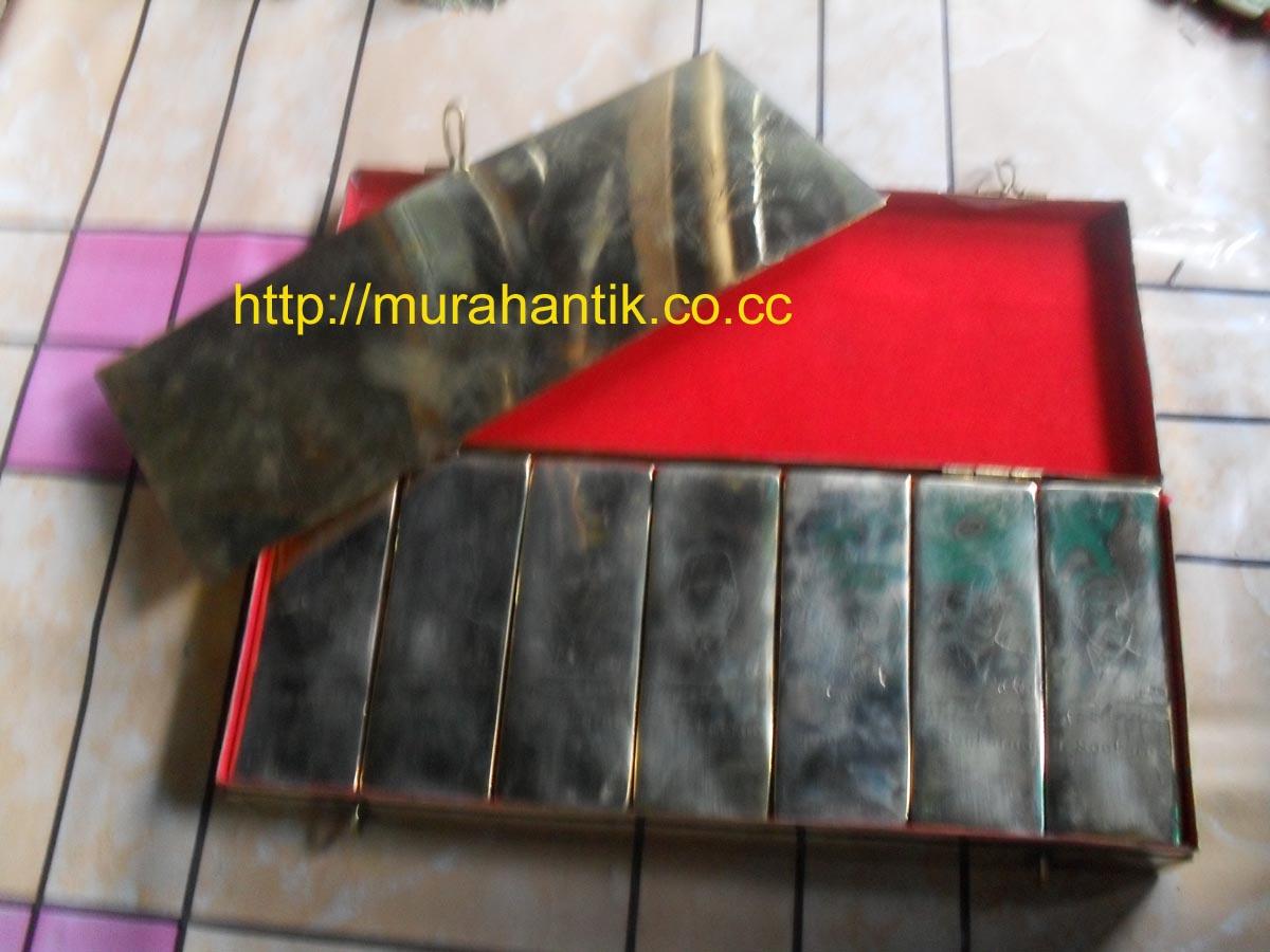 Satu Peti Emas Balok Irsoekarno Voc Murah Antik