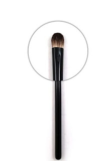 The best eyeshadow brush by barbies beauty bits