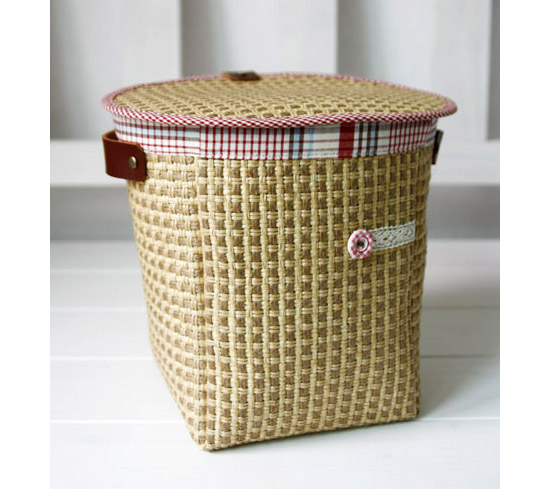 How to sew Fabric Storage box step by step DIY tutorial instructions in Pictures.