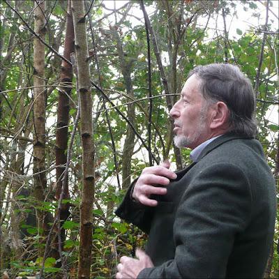Albert Poulain entraîne un public passionné par monts et par vaux, lors des journées du patrimoine