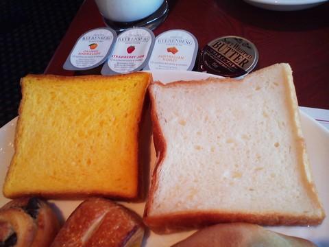 パン4 オーセントホテル小樽カサブランカ