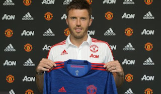 Manchester United Resmi Perpanjang Kontrak Michael Carrick