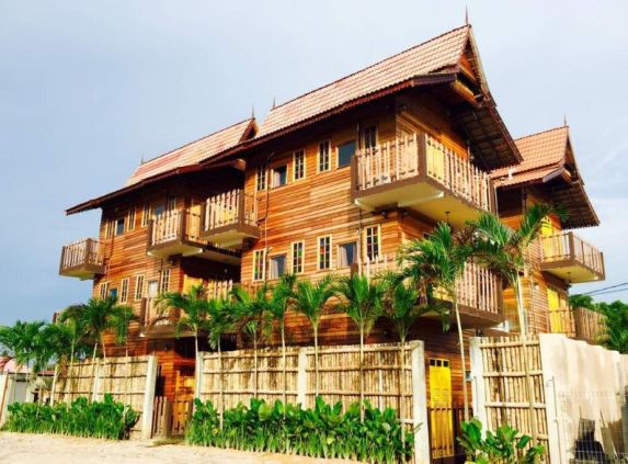 Kampong Pinang Sebatang Chalet Senibina