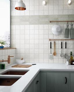 Чистые светлые тона плитки для кухни