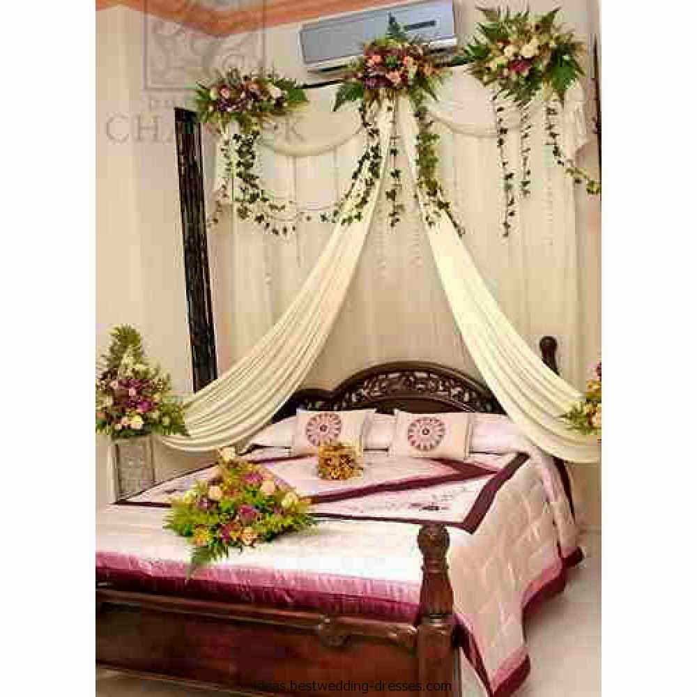 Bedroom decorating ideas for wedding night - Pakistan Bridal Bedroom Decoration With