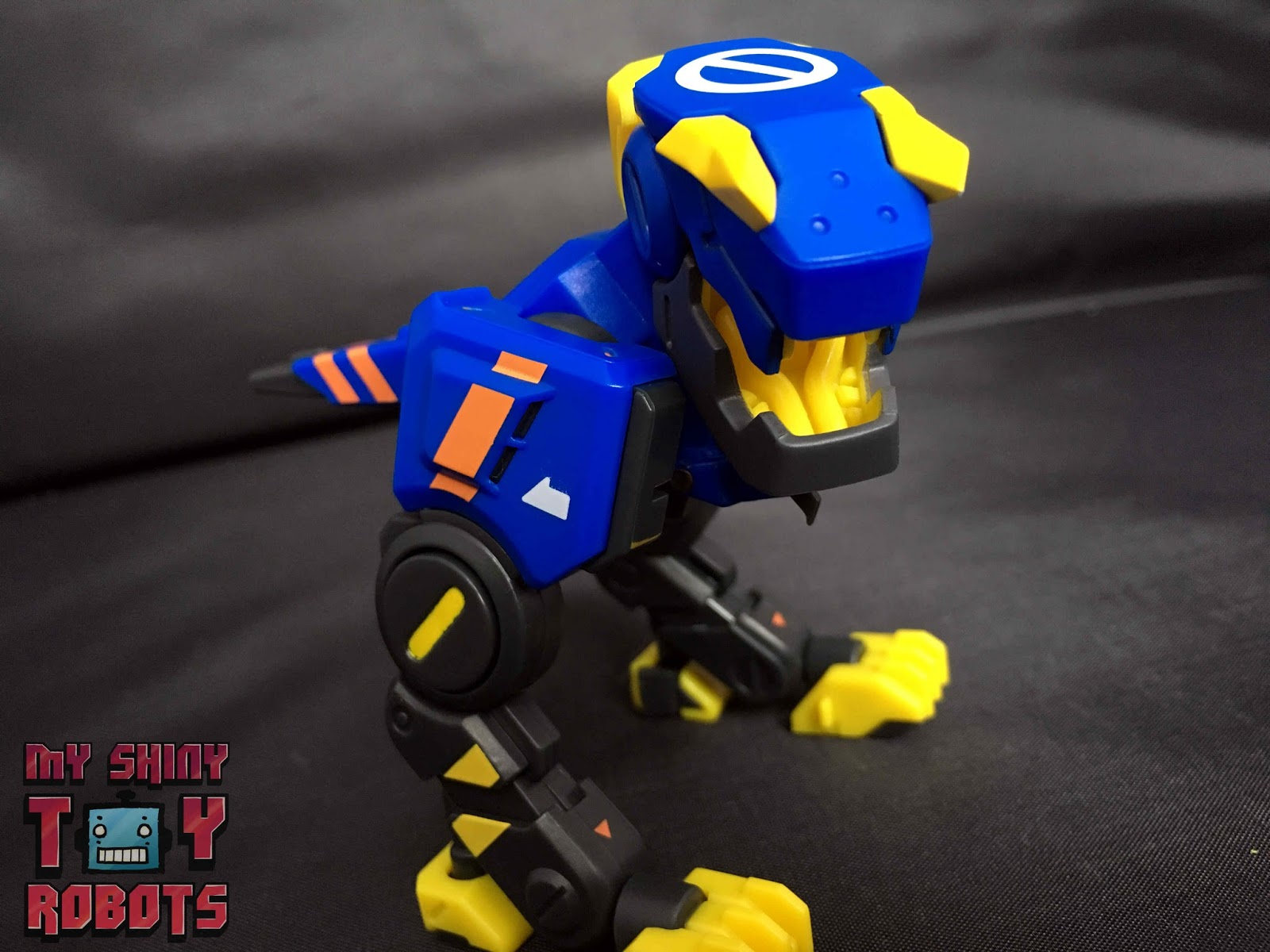 New BeastBOX 52TOYS Robotic Dinosuar D09 GHOSTDOG BB-02 Original from Japan
