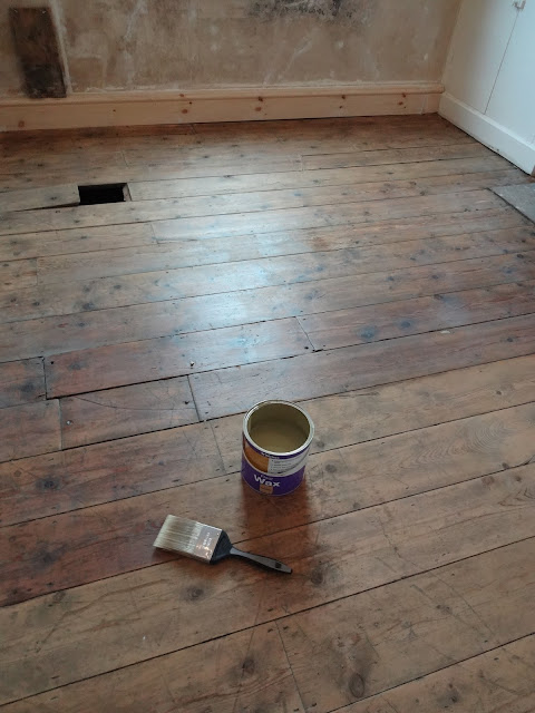 floorboards covered in a flooring wax