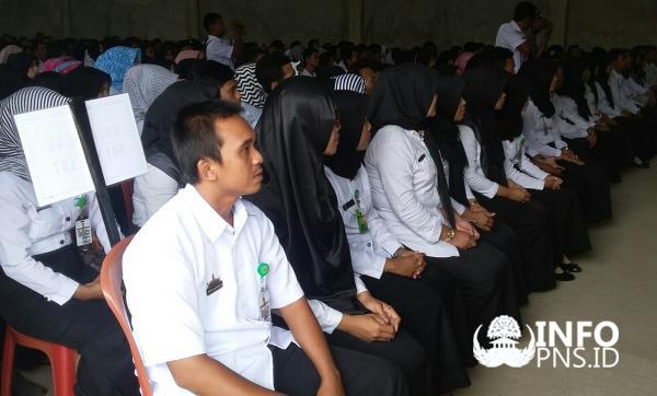 USULKAN 100 RIBU GURU BARU, INI SYARAT CPNS 2018 UNTUK TENAGA PENDIDIK