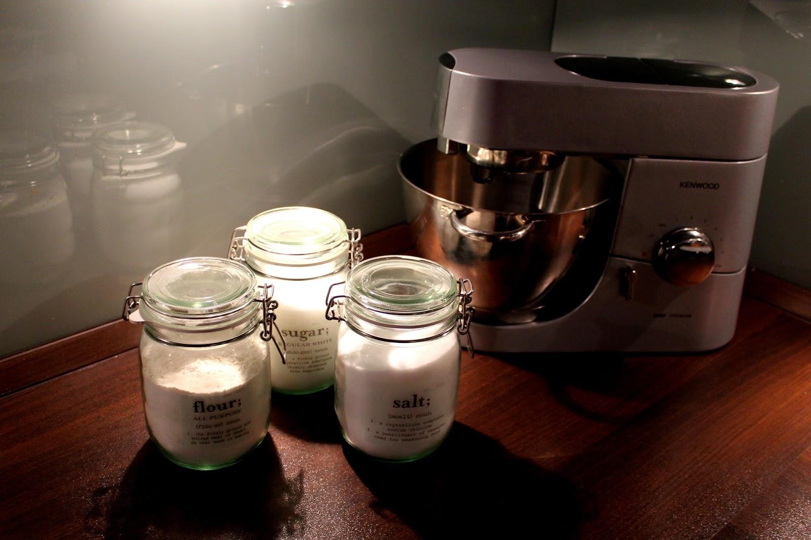 DIY, Basteln: Zucker, Mehl, Salzdosen mit Decal Folie beschriften in Geschenke aus der Küche und Geschenkideen - DIYCarinchen