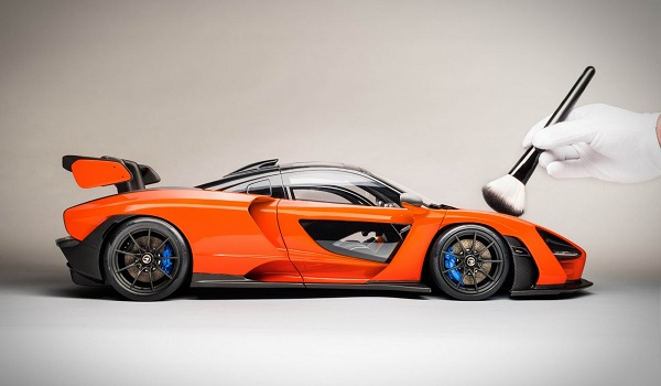 McLaren Senna a escala Amalgam Collection