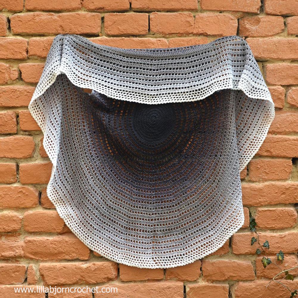 Whirl Mandala Cardigan - FREE crochet pattern by Lilla Bjorn
