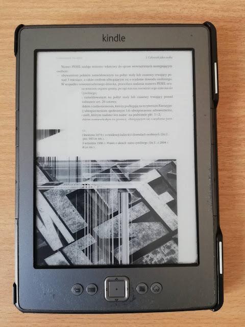 Kindle Classic z uszkodzonym ekranem