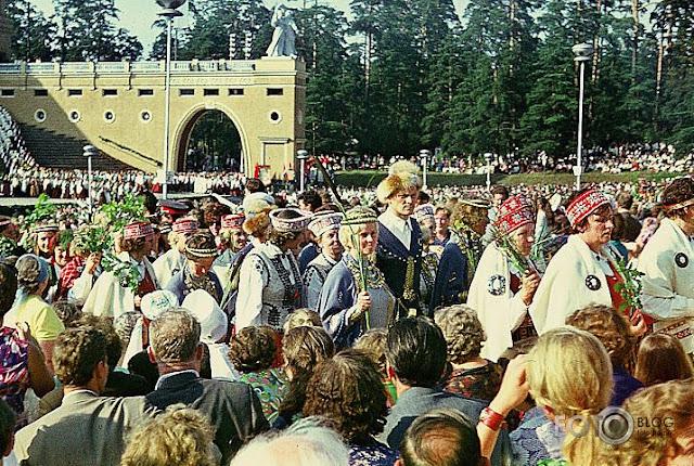 20-21 июля 1973 года. Рига. 100-летие Праздника песни на улицах города (автор фото: GunarsII)