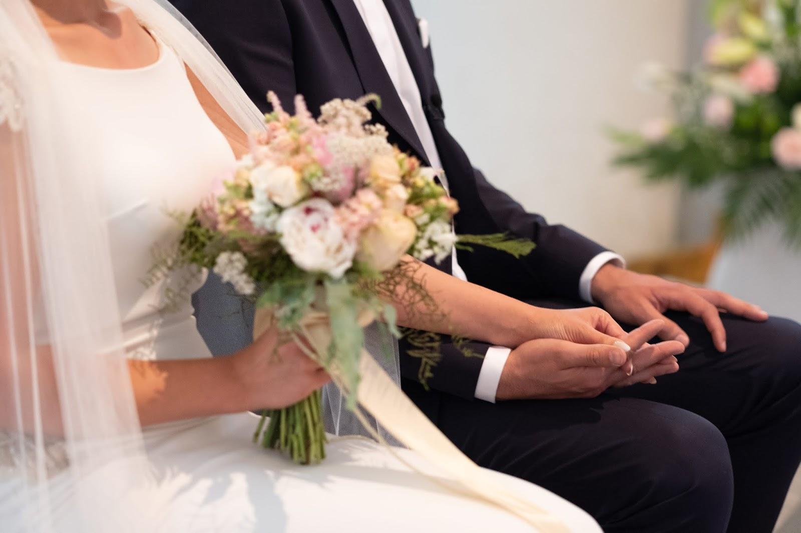 246d96b044a1a6 Jak nazywa się najciekawsza osoba w branży ślubnej, z którą wywiad powinni  przeczytać wszyscy przygotowujący się do ślubu i wesela? Panna Młoda (no  dobra, ...