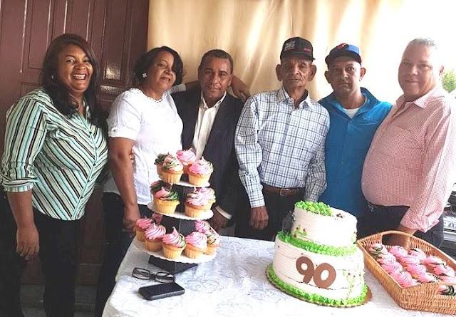 Festejó sus 90 años Constanza--Arroyo Cano