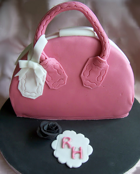 Here Is My Step By Tutorial For A Handbag Cake I Made This Sister S Birthday Don T Think She Ll Reciate If Disclose Her Age