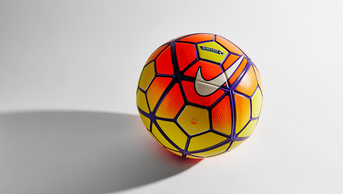 Nike Ordem 3 2015/2016 Official Match Ball - KFZoom