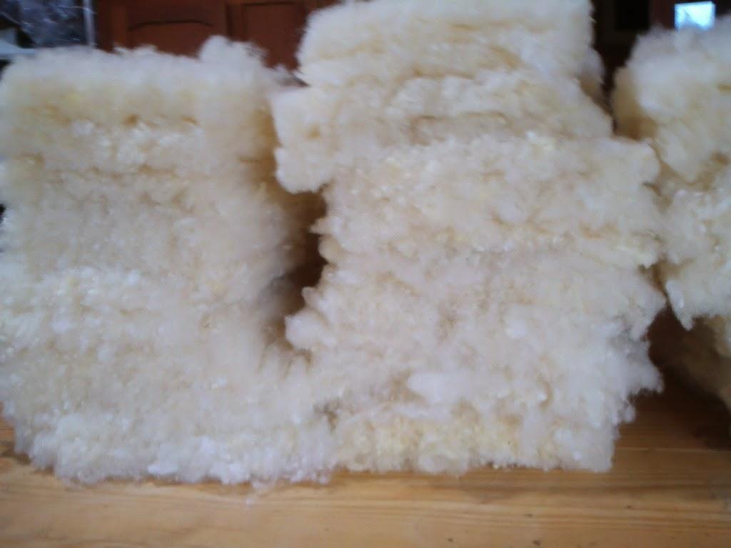 mantas de lã de ovelha claras