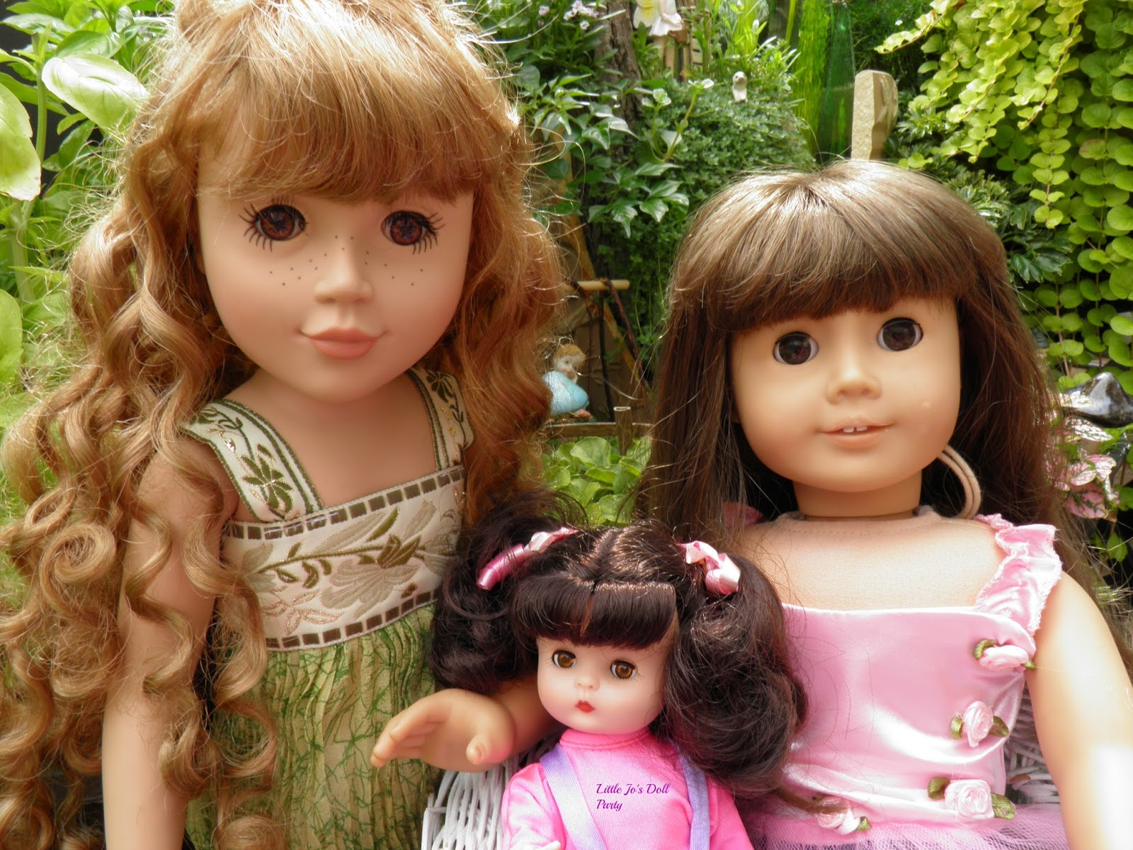 Little Jo\'s Doll Party: Meeting New Friends at Little Jo\'s Fairy Gardens
