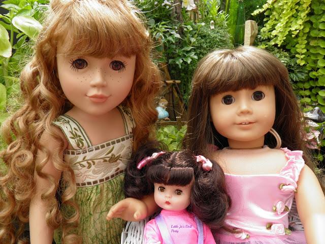 American girl Samantha, Broken Pot Fairy Garden, Container Gardening, Doll Stories, Dolls, fairy garden, JLY #16, Just Pretend doll, Laurel The Wood Fairy, Stardust classics, Raised container Gardening,