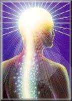 Lorsque j'observe un être De Lumière, enveloppé de reflets dans sa forme humaine, mon âme est émue de tendresse. Et  j'éprouve une excitation esthétique à la vue De Cette Beauté Lumineuse.