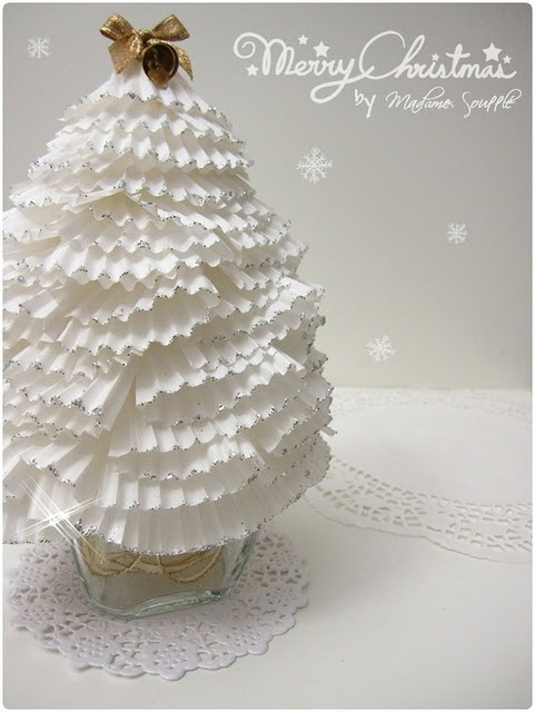 The Cupcake Liners Christmas Tree You Ll Need A Wide Short Gl It Would Be Cool To Fill With Orange L White Silver Glitter