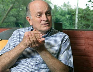 Gustavo Gardeazábal, escritor colombiano