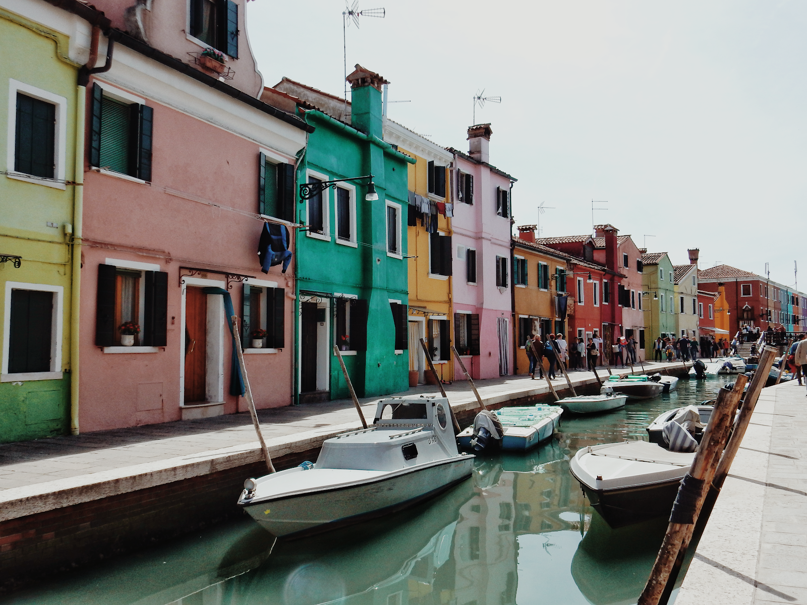 burano coloured houses