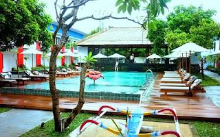 Hotel Jobs - Waiter (Daily Worker) at Ozz Hotel Kuta - Bali
