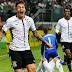 Corinthians vence Palmeiras na casa do rival e se firma ainda mais como favorito ao título