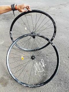 Wheelset Dt Swiss E 1900 Spline 27.5 inch for All Mountain Enduro
