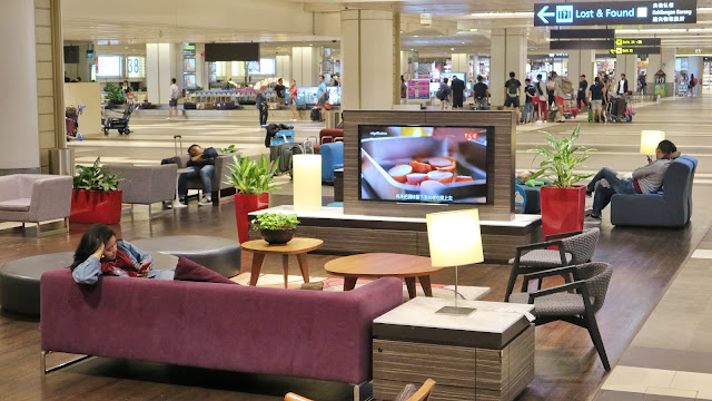 Tempat tidur sejenak di Changi Airport Terminal 4 riyardiarisman