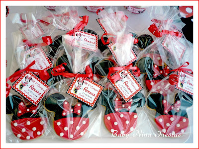 galletas decoradas minnie mouse roja