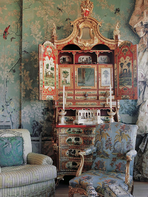 French Chinoiserie and How to Add Chinoiserie Decor to Your Home