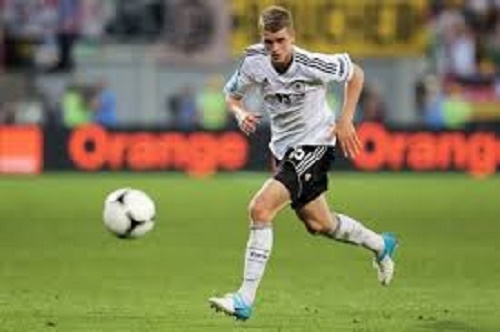 Chấn thương này khiến cầu thủ Lars Bender không thể tham dự World Cup