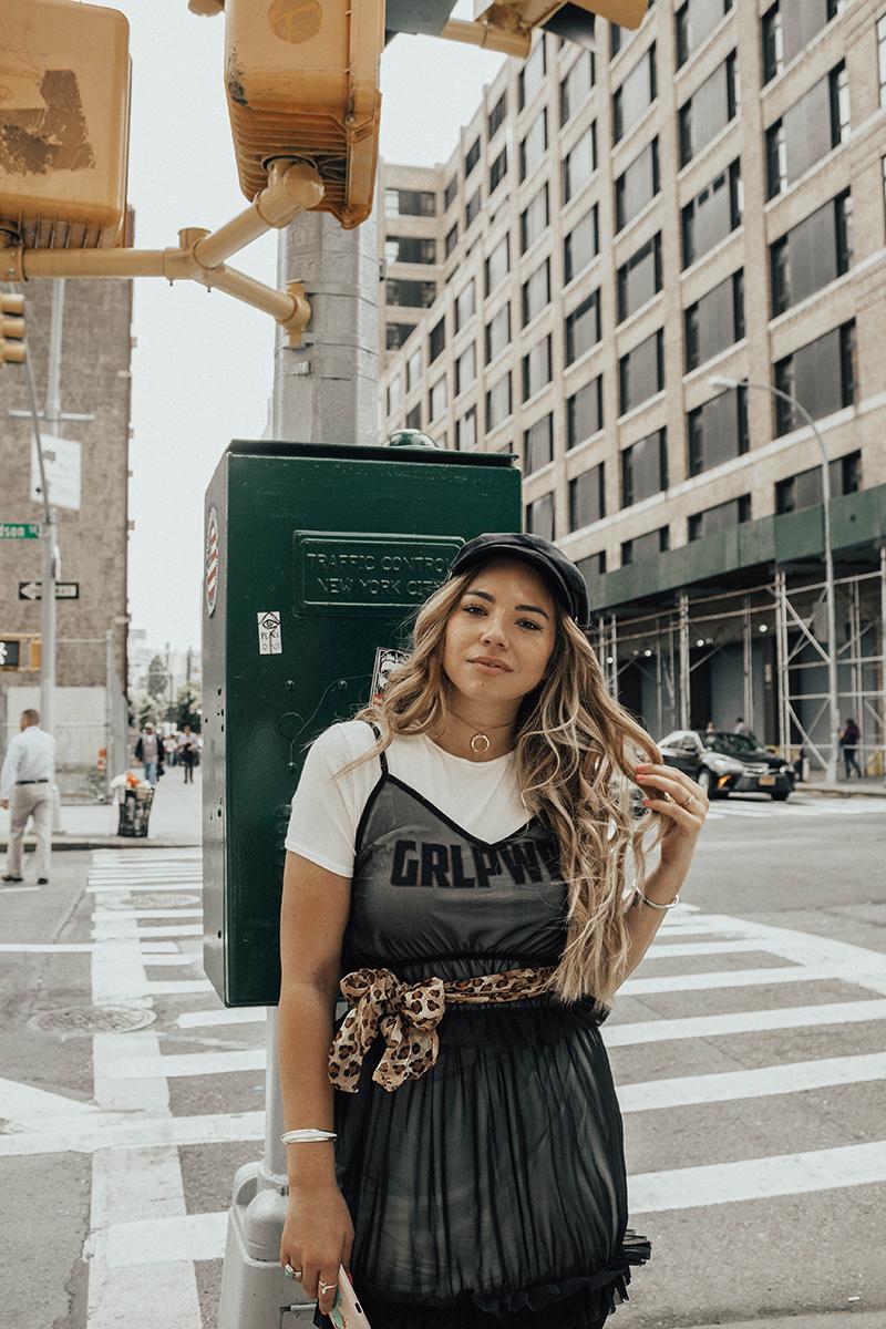 lauryncakes fashion blogger, new york fashion week, fashion influencer