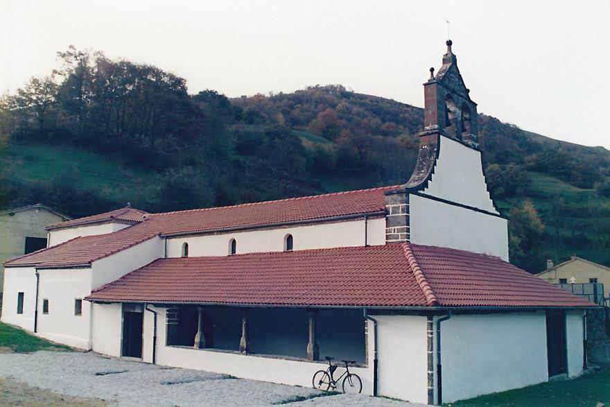 Iglesia de San Román de Casomera, Aller