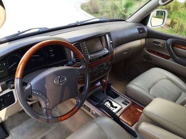 https://4.bp.blogspot.com/-yUzo4pC-L3g/VYRk7q40t9I/AAAAAAABAkQ/M4Z9vXuwFKQ/s1600/2003-Lexus-LX470-interior.jpg