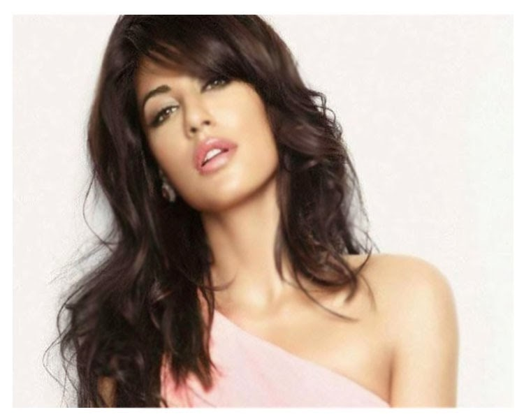 Chitrangada Singh Hot Hd Wallpapers Free Download Unique